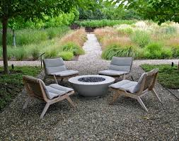 what is the best for teak furniture your outdoor furniture 5 mistakes to avoid gardenista