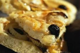 cuisine sicilienne pizza à la sicilienne pizza aux olives et aux anchois