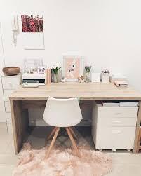 Graphic Designer Desk Best 25 Graphic Designer Office Ideas On Pinterest Graphic