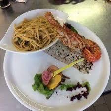 qu est ce qu une royale en cuisine octopus prawns and a kir royale picture of la barcarolle