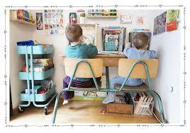 accessoires de bureau enfant un coin bureau enfant dans le salon tutos enfant