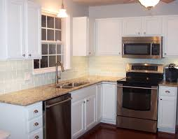 white kitchen cabinets with backsplash white cabinets backsplash