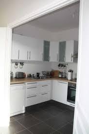 idee cuisine blanche enchanteur décoration cuisine blanche avec idee peinture cuisine