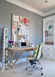 wall paint color is pewter by benjamin moore pretty mid tone gray