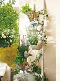 krã uter balkon chestha kücheninsel kräuter idee