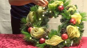 youtube decorating home decorating a christmas wreath youtube idolza