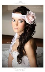 1920 bridal hair styles 1920 s inspired wedding hairstyles with overhead strands to create
