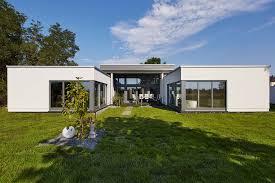 exklusiver bungalow individualität und luxus auf einer ebene