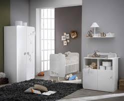 idee deco chambre bébé charmant deco chambre bebe inspirations avec deco chambre moderne
