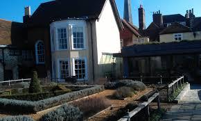 tudor house file southampton tudor house and garden jpg wikimedia commons