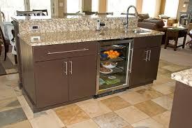 cuisine moderne ilot cuisine cuisine moderne ilot central avec vert couleur cuisine