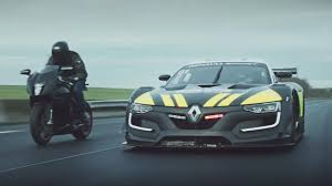 renault 26 video ragnotti and the renault r s 01 play cops top gear