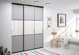 les placards de chambre a coucher cuisine portes de placard coulissantes de chambre sur mesure