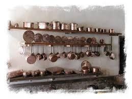 la batterie de cuisine casseroles d une batterie de cuisine copper pots