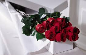 how much is a dozen roses where to get the best deals on s day flowers arts