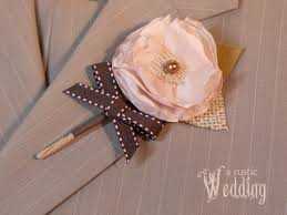 Wedding Boutonnieres A Rustic Wedding With Fabric Com Fabric Boutonnieres Sew4home