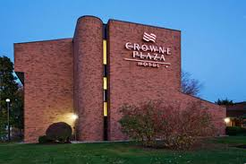 grand rapids mi airport crowne plaza grand rapids premier hotel in grand rapids mi