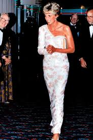 princess diana u0027s most iconic style moments from revenge dress to