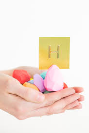 Table Card Holders by Diy Faceted Easter Egg Place Card Holders Sugar U0026 Cloth