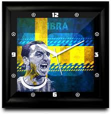 Beautiful Clocks by 18 Beautiful Wall Clocks Of Your Favorite Football Stars To