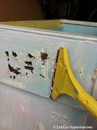 How To Strip Painted Cabinets Stripping Painted Furniture The Garbage Bag Trick 2 Little
