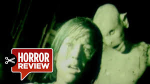 the descent review 2005 31 days of halloween horror movie hd