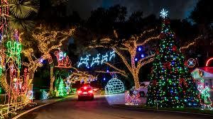 popular snug harbor light display near palm beach gardens to stay