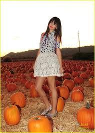 Lights For Halloween by Selena Gomez U0027hits The Lights U0027 For Halloween Photo 441983