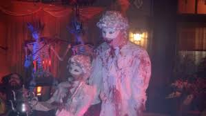 halloween horror nights the usher halloween horror nights 2014 debuts with demented mix of fun and