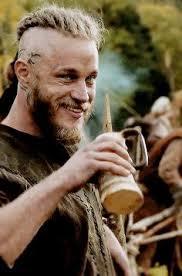 ragnar lothbrok cut his hair best 25 vikings ragnar ideas on pinterest ragnar lothbrok