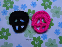 halloween craft ideas crochet skull hairclip craft ideas