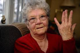 widow wedding ring scarborough widow loses irreplaceable jewelry to hugger in