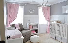 chambre bebe gris blanc chambre enfant chambre bébé fille gris rideaux roses murs