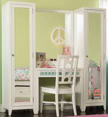 White Mirrored Bedroom Furniture Bedroom Furniture Classic Tri Fold Mirror Vanity Table Drawers