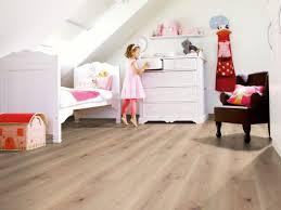 sol chambre bébé quel revêtement de sol pour une chambre d enfant