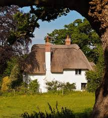 20 gorgeous english thatched cottages