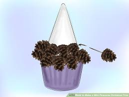 how to make a mini pinecone christmas tree 14 steps