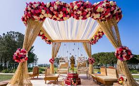 Hindu Wedding Mandap Decorations 10 Classy Wedding Mandap Decorations In Bangalore