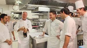 brigade de cuisine la brigade de l hôtel du bristol du chef éric fréchon vous souhaite