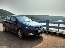 volkswagen polo highline interior 2015 volkswagen polo car india vw polo diesel review price motoroids