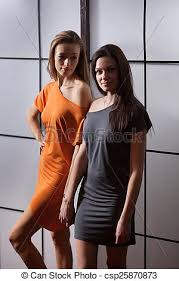 lesbienne dans une chambre beautiful flirting in the studio picture search