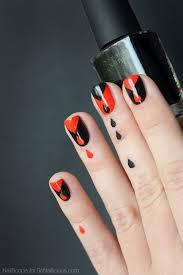 dripping blood halloween nail design tutorial