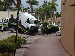 van crashes into supermarket in hollywood sun sentinel