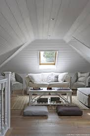 chambre avec lambris blanc chambre lambris blanc avec lambris peint en blanc idees et papier