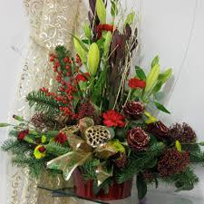christmas floral arrangements christmas flower arrangements for table