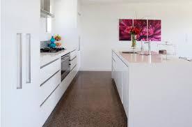 peinture blanche pour cuisine idées de cuisine peinture blanche deco maison moderne