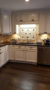 Kitchen Cabinets Height From Floor by Best 25 Thomasville Kitchen Cabinets Ideas Only On Pinterest
