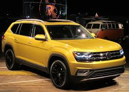 atlas volkswagen 2018 vw atlas doesn u0027t shrug on size wheels ca
