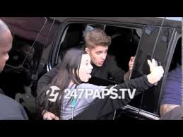 justin bieber new car 2014 justin bieber meeting fans in new york may 1 2014