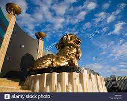 gold lion statues golden lion statue at the mgm hotel and casino on the las vegas